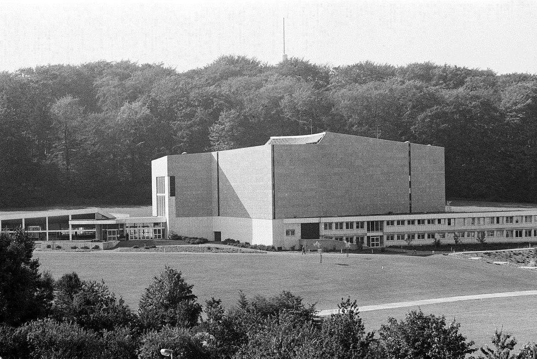 Denkmäler In Wolfsburg Eine Kurze Erinnerungsgeschichte Der Stadt
