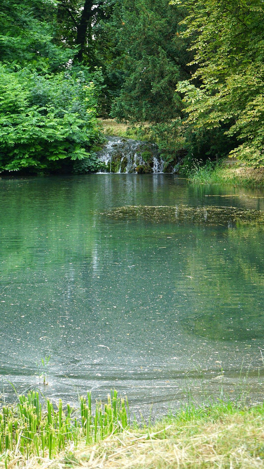 Der Teich am Rittergut Lucklum
